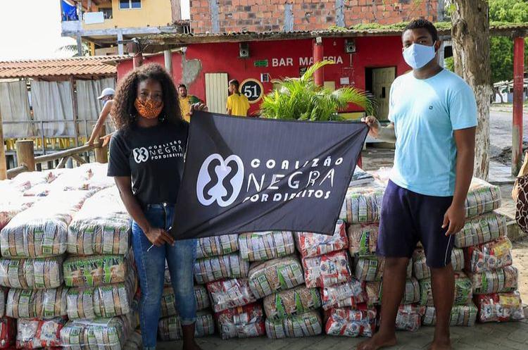 Entrega de cestas básicas na Bahia | #TemGenteComFome