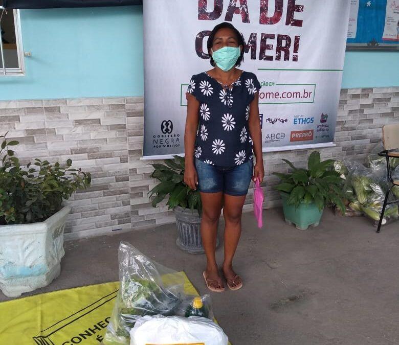 Entrega de cestas básicas no Núcleo Bom Pastor – RJ | #TemGenteComFome