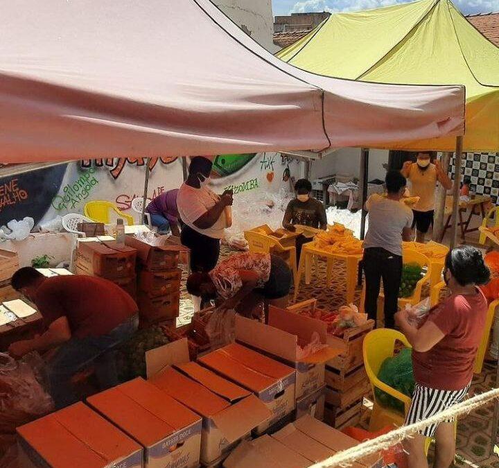 """Em Cuiabá, campanha """"Tem Gente Com Fome!"""" atende 300 famílias."""
