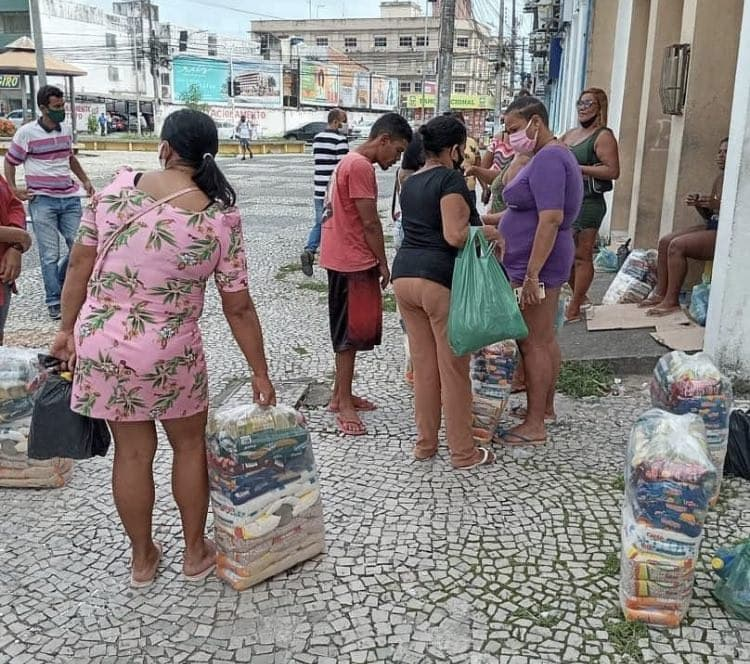 Entrega de cestas básicas e produtos de higiene e limpeza em Maceió – AL | #TemGenteComFome