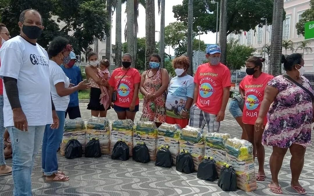 Entrega de cestas básicas de alimento em Alagoas | #TemGenteComFome